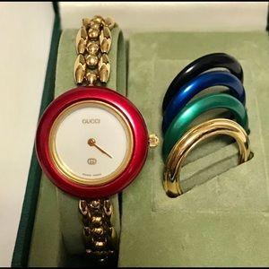 Authentic Gucci Vintage Bezel Chain Watch